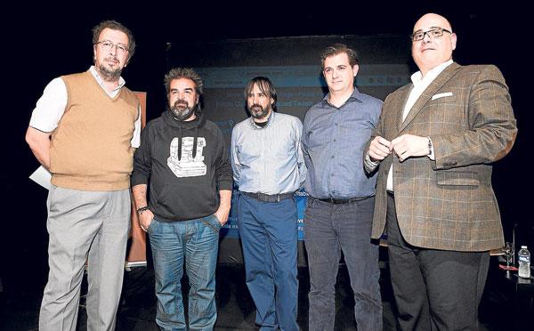 El periodista José Luis Jurado moderó una mesa compuesta por Gervasio Iglesias, Angel Luis Fernández Recuero, Rafael López y Javier Sánchez García. / Pepo Herrera