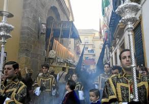 Salida procesional de la Virgen de Loreto. / José Manuel Cabello