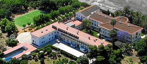 Vista aérea del colegio privado Yago School, situado en Castilleja de la Cuesta e inaugurado en 2010.