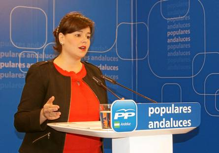 Virginia Pérez, número tres del PP andaluz, este domingo, durante una rueda de prensa.