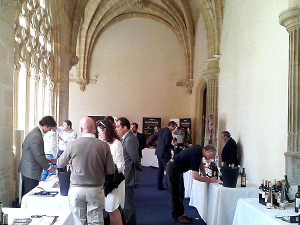 Más de cincuenta bodegas presentaron sus vinos en Jerez.