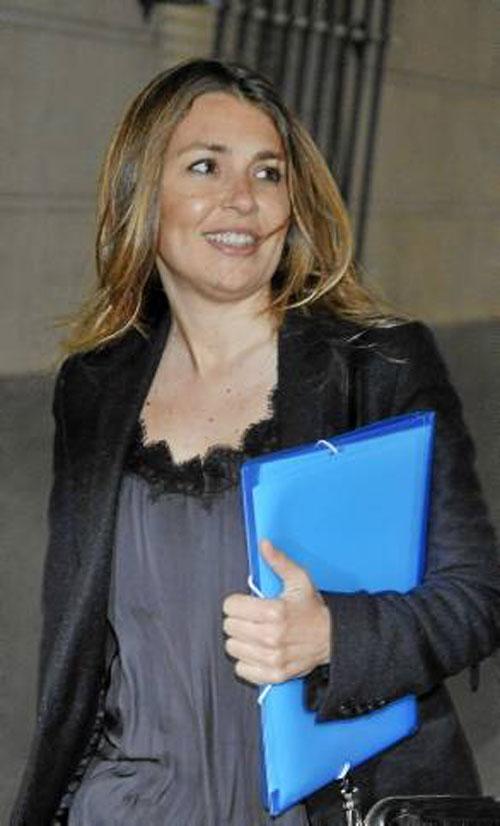 La expresidenta de Invercaria Laura Gómiz, ayer en los juzgados. / Foto: Raúl Caro (Efe)