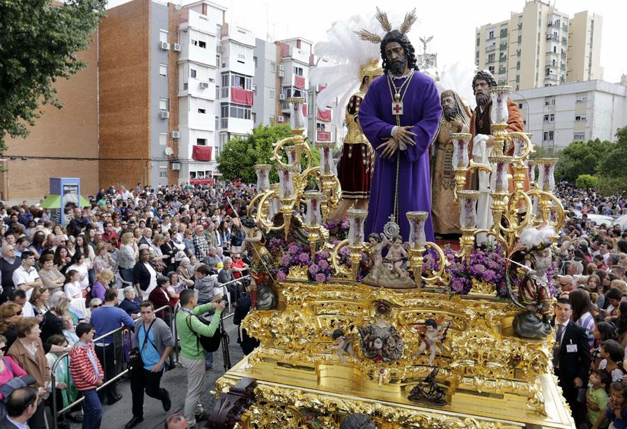 El Polígono San Pablo por las calles del barrio. Foto: José Luis Montero