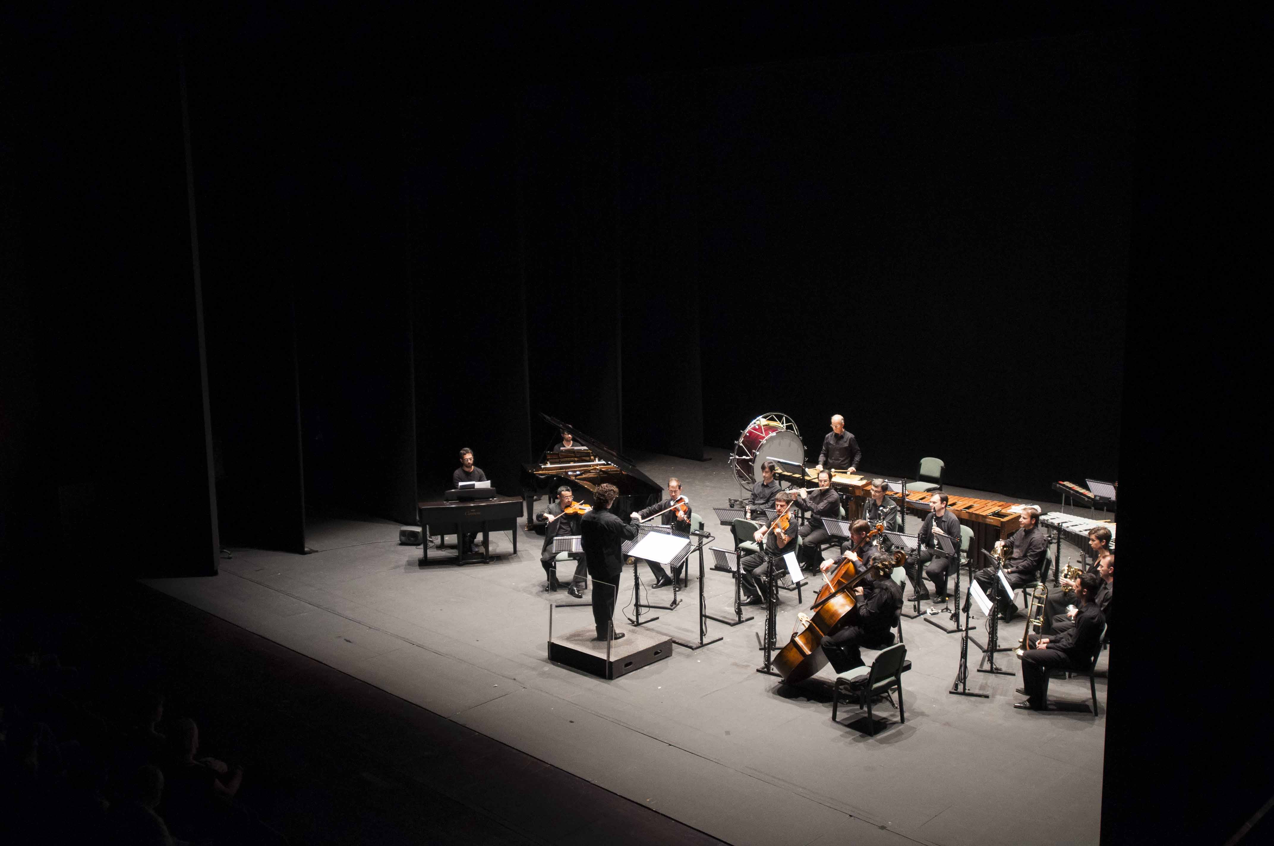 Zahir Ensemble. / J. M. Paisano