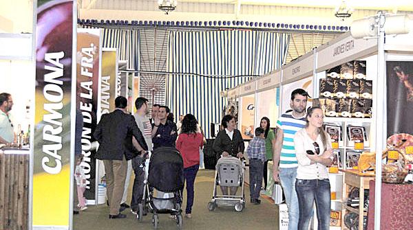 En esta feria alimentaria participaron varios municipios de la provincia de Sevilla. / María Montiel