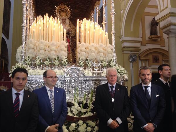 José Castro, en la ofrenda. (SFC)