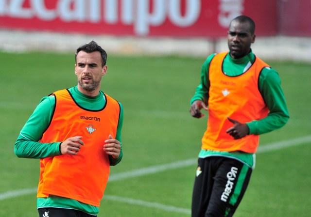 Amaya y Paulao están en la lista del Betis para el Camp Nou / Kiko Hurtado