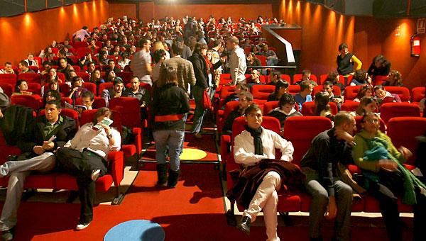 Una sala de cine de Sevilla. / Antonio Acedo