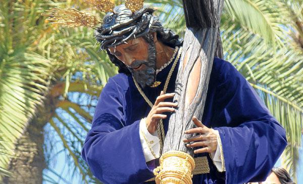 Los moronenses sienten una honda devoción por el titular de La Hermandad de Nuestro Padre Jesús de la Fuensanta.