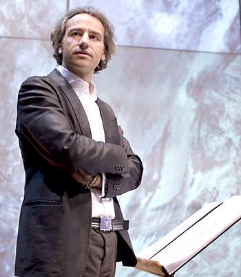 Pedro Halffter dirige la Sinfónica y el Maestranza desde el año 2004. / EFE