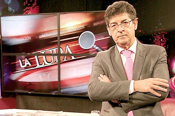 Diego Valderas, este miércoles en La Lupa, de El Correo TV, conducido por la periodista Elizabeth Ortega. / Foto: Rodríguez Aparicio