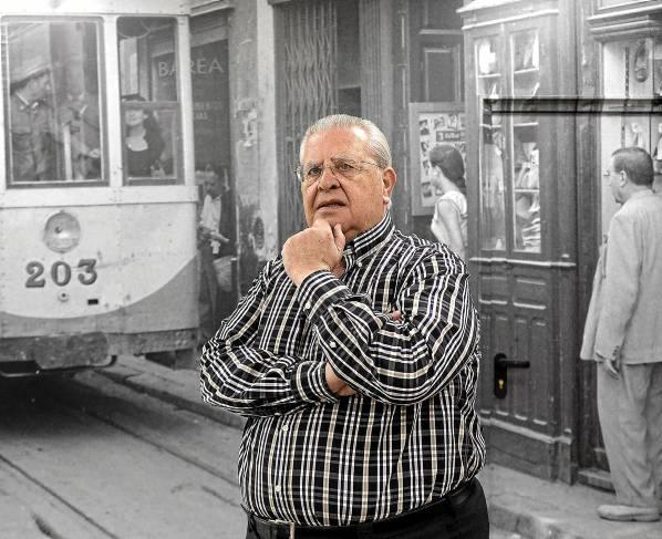 Manuel Barea, en las instalaciones centrales del grupo en el polígono Carretera Amarilla de Sevilla capital. / JOSÉ LUIS MONTERO