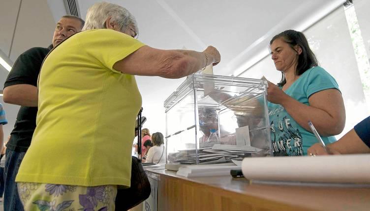 Sevilla 25 05 2014: Votaciones al parlamento andaluz FOTO:J.M.PAISANO
