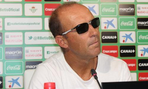 Calderon rueda prensa gafas