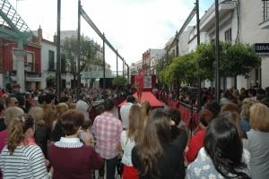 Una de las actividades en este futuro Centro Comercial Abierto fue la primera pasarela de moda flamenca.