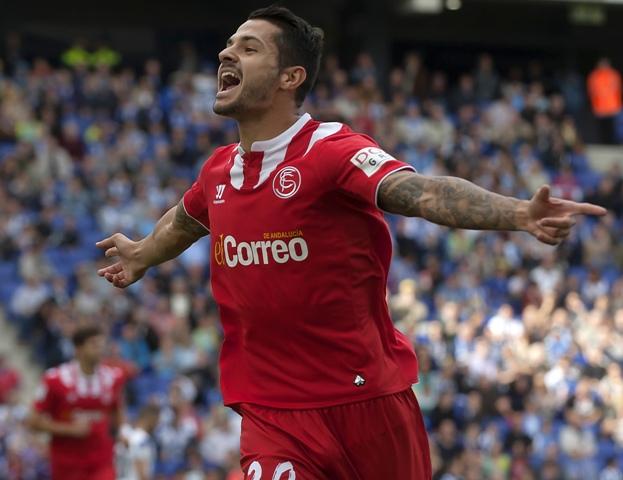 Vïctor Machín celebra un gol en el campo del Espanyol. / Francesc Adelantado