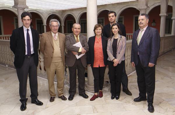 Imagen del jurado de los Premios Domínguez Ortiz y Manuel Alvar. / El Correo