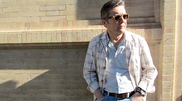 Javier Salvago hace un repaso de su larga trayectoria como guionista de radio y televisión en la segunda entrega de sus memorias.
