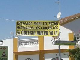 Los padres del CEIP Manuel Medina reivindican nuevas instalaciones para los pequeños. Foto: El Correo