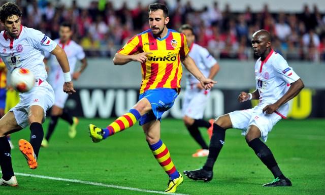 Alcácer, durante el partido de ida jugado en Sevilla. / Kiko Hurtado