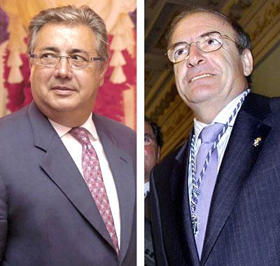 El alcalde de Huelva, a la derecha, se mostró ayer muy enfadado con su compañero de filas, el alcalde de Sevilla.