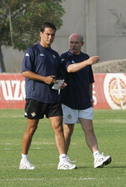 Alexis Trujillo, en 2005 junto a Lorenzo Serra Ferrer en su etapa de ayudante del balear / El Correo