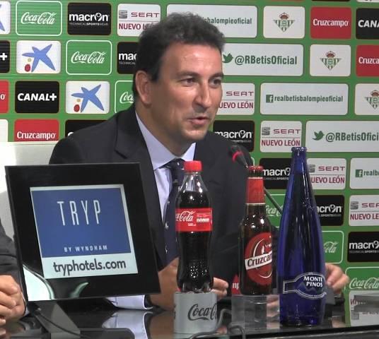 José Miguel López Catalán, el día que presentó la nueva web del Betis.