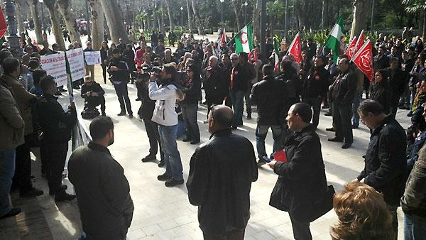 Una de las últimas concentraciones de protestas de los trabajadores de la base. / E.P.