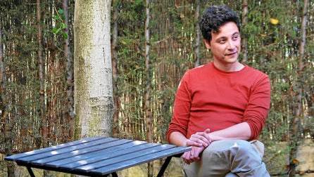 Coradino Vega aborda la crisis de los primeros años 90 en su nueva obra.