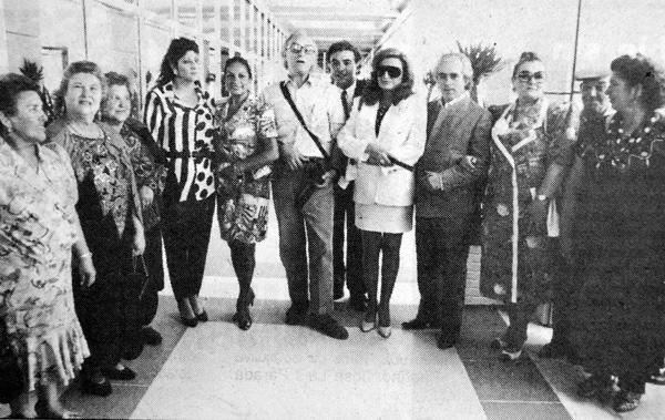 Director y protagonistas de la película 'Sevillanas' estrenada en la Expo el primer día de Feria.