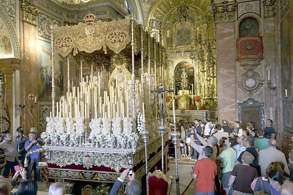 El Señor de la Sentencia preside la basílica de la Macarena desde que la Virgen de la Esperanza se fue a la Catedral. / J.L. Montero