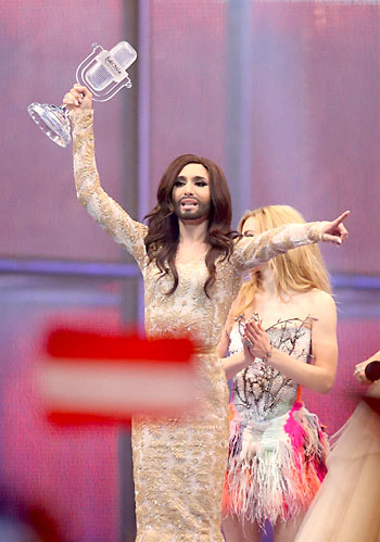 Conchita Wurst, representando a Austria, se llevó el certamen. / EFE