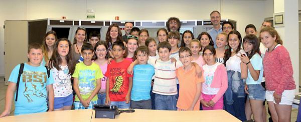 Los niños del colegio Peñaluenga de El Castillo de las Guardas visitaron el Centro Europeo de Astronomía Espacial, en Villanueva de la Cañada, cerca de Madrid.