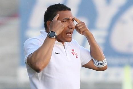 Lito Vidigal, con el típico brazalete de entrenador de la Liga portuguesa / O Jogo