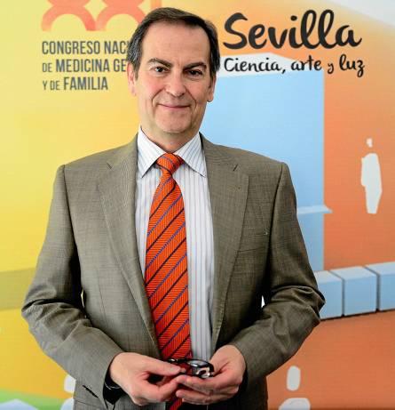 Juan Jurado impartió una conferencia sobre las aplicaciones móviles y su papel en la Atención Primaria.