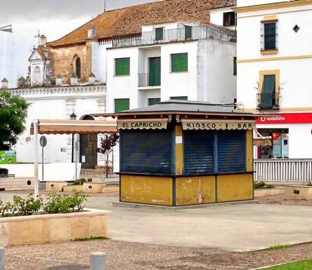 El quiosco-bar del Paseo del Estatuto, una de las instalaciones sacadas a concurso. / Ezequiel García