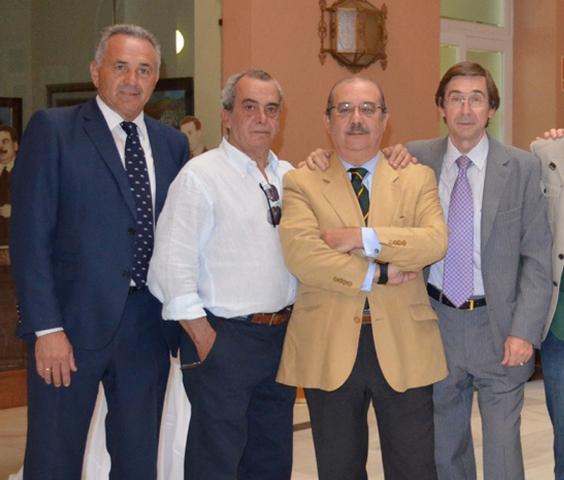 Cardeñosa (derecha), el lunes con Gordillo, Del Pozo y el periodista Manolo Rodríguez.