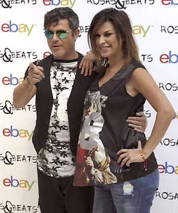 """El cantante Alejandro Sanz y su novia Raquel Perera han presentado hoy su primera colección para hombre y mujer: """"Rosas&Beats"""". / EFE"""