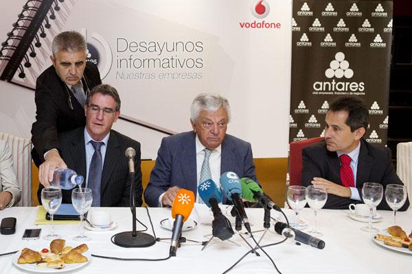 Damien Marantelli, Francisco Herrero y Antonio Fernández. PEPO HERRERA