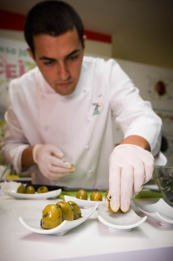 El joven sevillano Mario Jiménez fue uno de los 17 finalistas del concurso. / EL CORREO