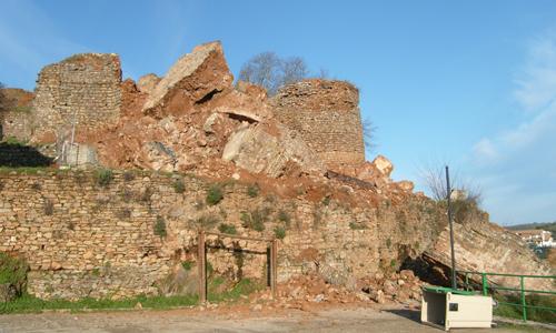 Torre Constantina derrumbada