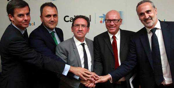 Jeffrey Meythaler (segundo por la derecha) tiene claro cómo quiere llevar el nuevo Caja / CB Sevilla