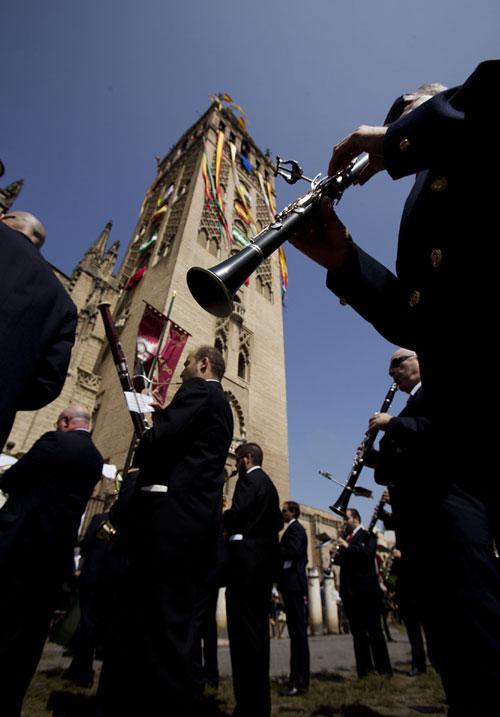 Procesión del Corpus en Sevilla que este año ha coincidido con la coronación de Felipe VI. Foto: Pepo Herrera