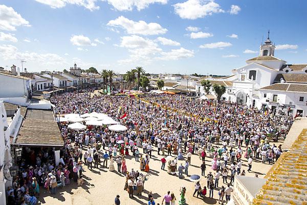 Misa de Pentecostés en El Rocío. / Foto: Carlos Hernández