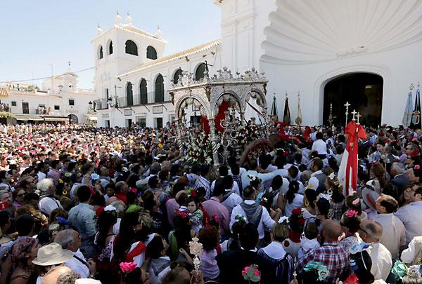 Presentación de la hermandad de Villamanrique. / Foto: José Luis Montero