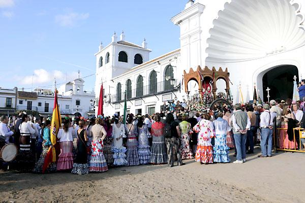Una de las presentaciones en la ermita./ José Luis Montero