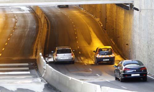 Comienzan las obras de mejora en el tunel del Tamarguillo. / Pepo Herrera