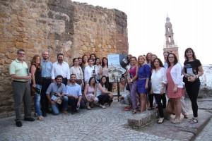 Los alumnos del Taller de Empleo de Turismo, presentan en el Alcázar de la Puerta de Sevilla la revista Cásate en Carmona.