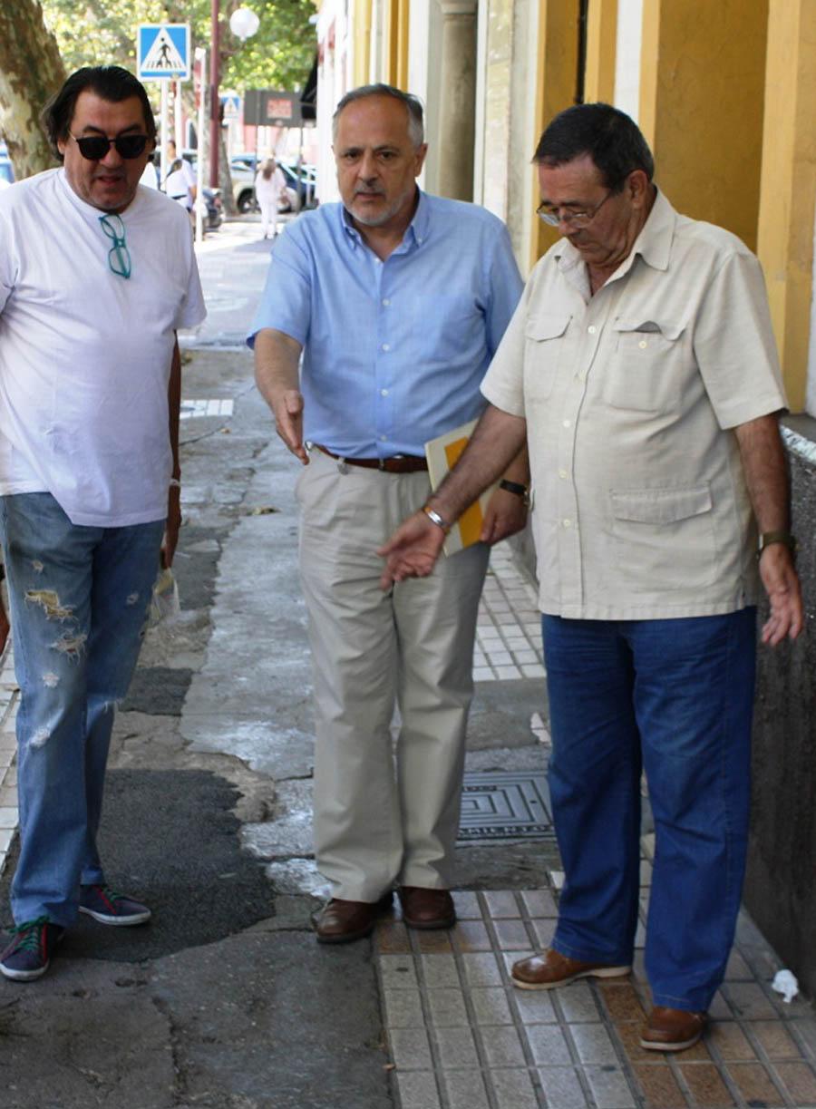 JM      García en calle adriano1