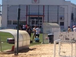 Rakitic se ha pasado esta mañana por el entrenamiento del Sevilla